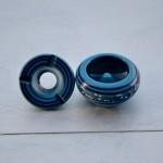 Lot 3 cendriers anti fumée bleu clair, bleu fonçé et rouge - Mini modèle