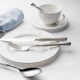 Modèle Adam⠀⠀⠀⠀⠀⠀⠀⠀⠀ Des couverts esthétiques et raffinés⠀⠀⠀⠀⠀⠀⠀⠀⠀ Fabrication suisse⠀⠀⠀⠀⠀⠀⠀⠀⠀ .⠀⠀⠀⠀⠀⠀⠀⠀⠀ .⠀⠀⠀⠀⠀⠀⠀⠀⠀ .⠀⠀⠀⠀⠀⠀⠀⠀⠀ #artdelatable #couteau #decoration #table #couverts #design #couteau #fourchette #cuillere